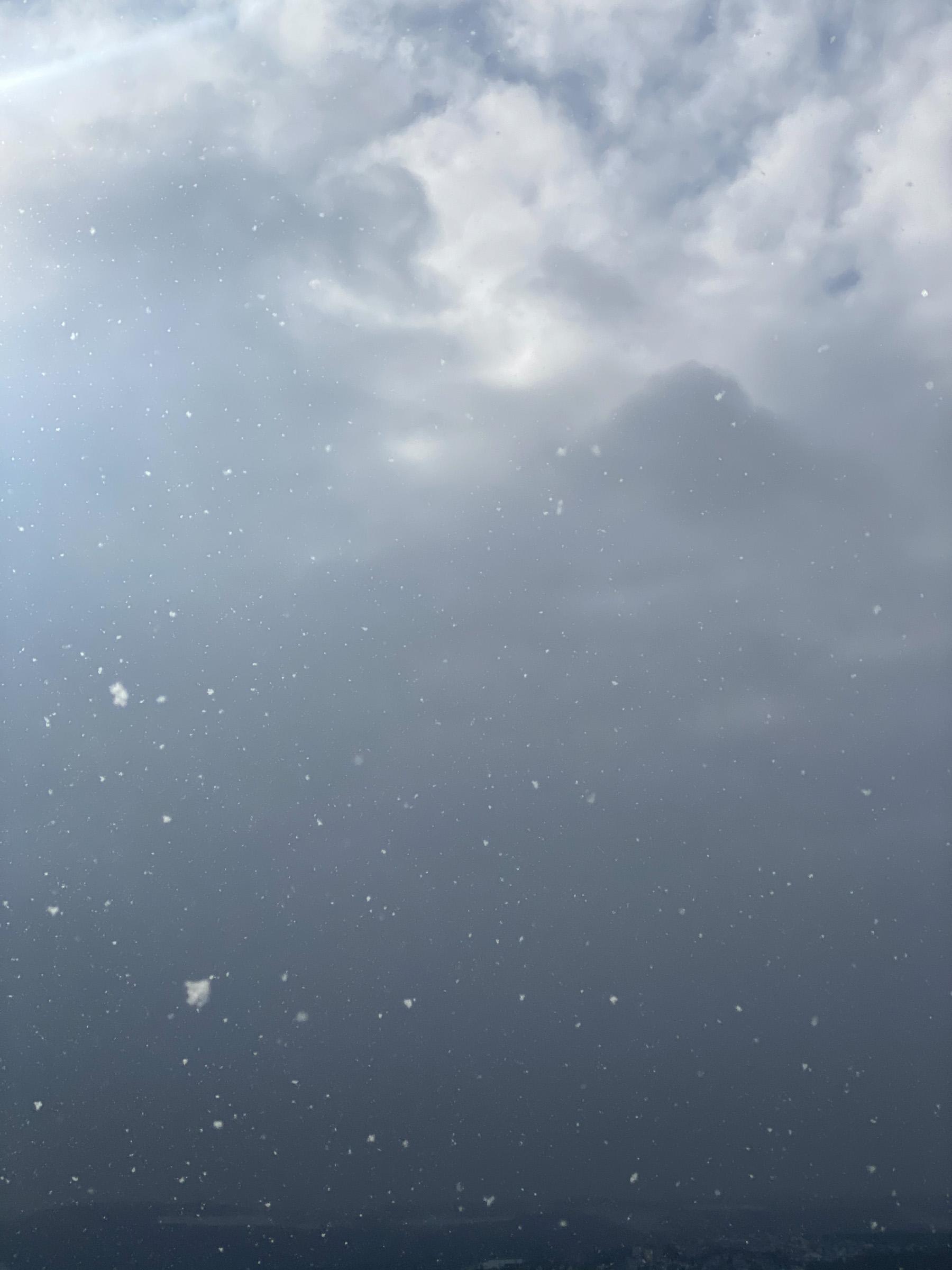 2021_Wolken-Schnee-2400-4310